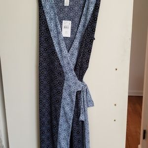 Motherhood maternity dress NWT